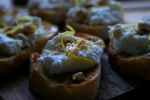 lemon ricotta crostini
