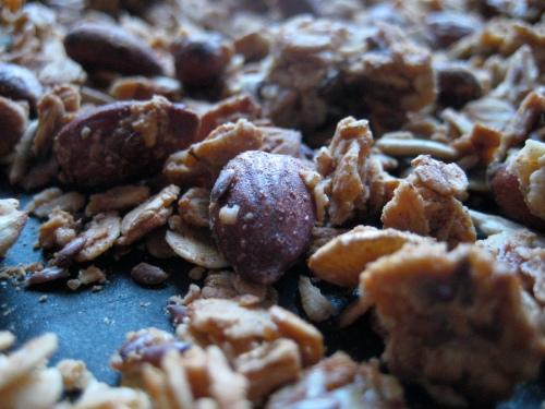 Peanut butter & almond granola